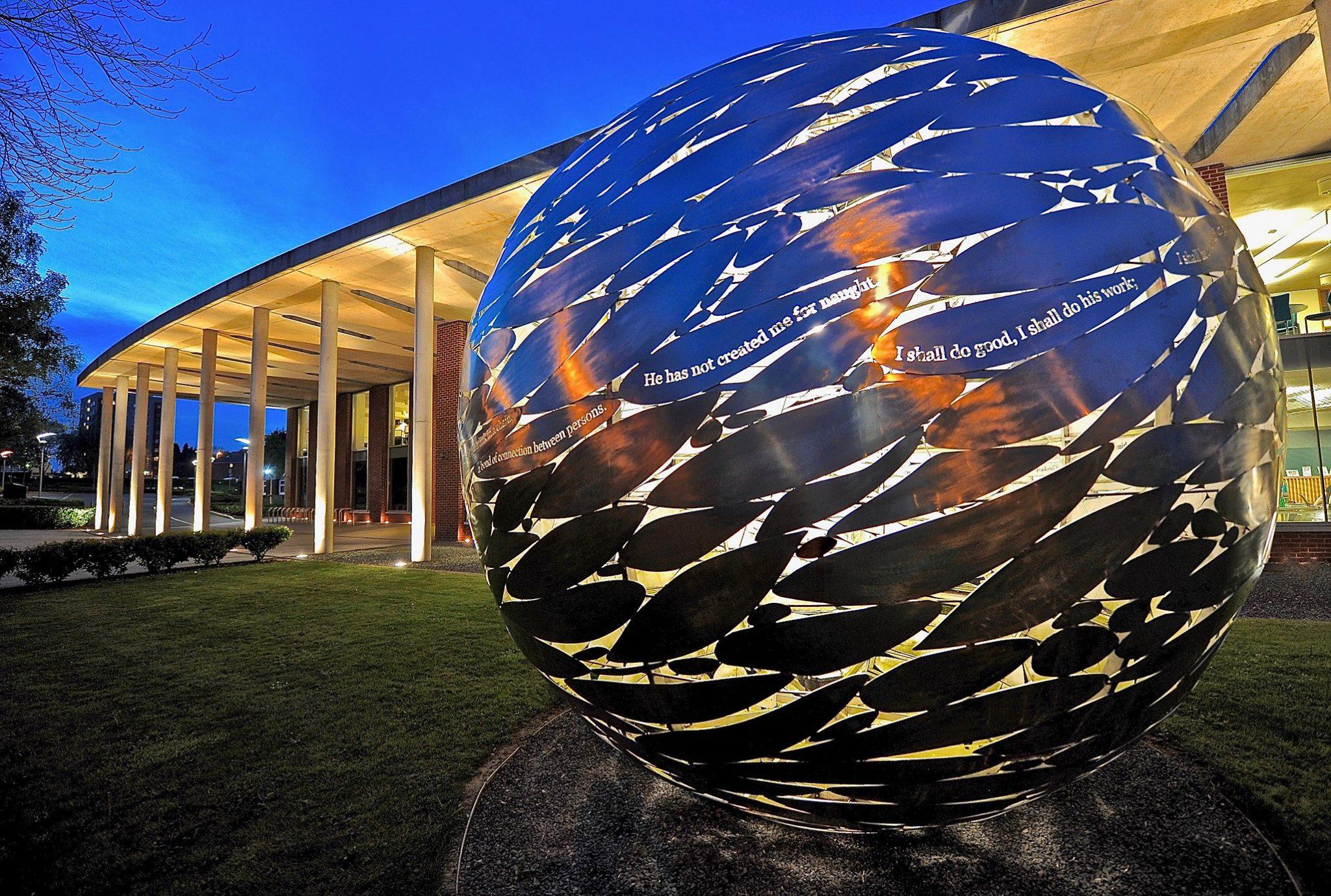 Newman Globe (1)