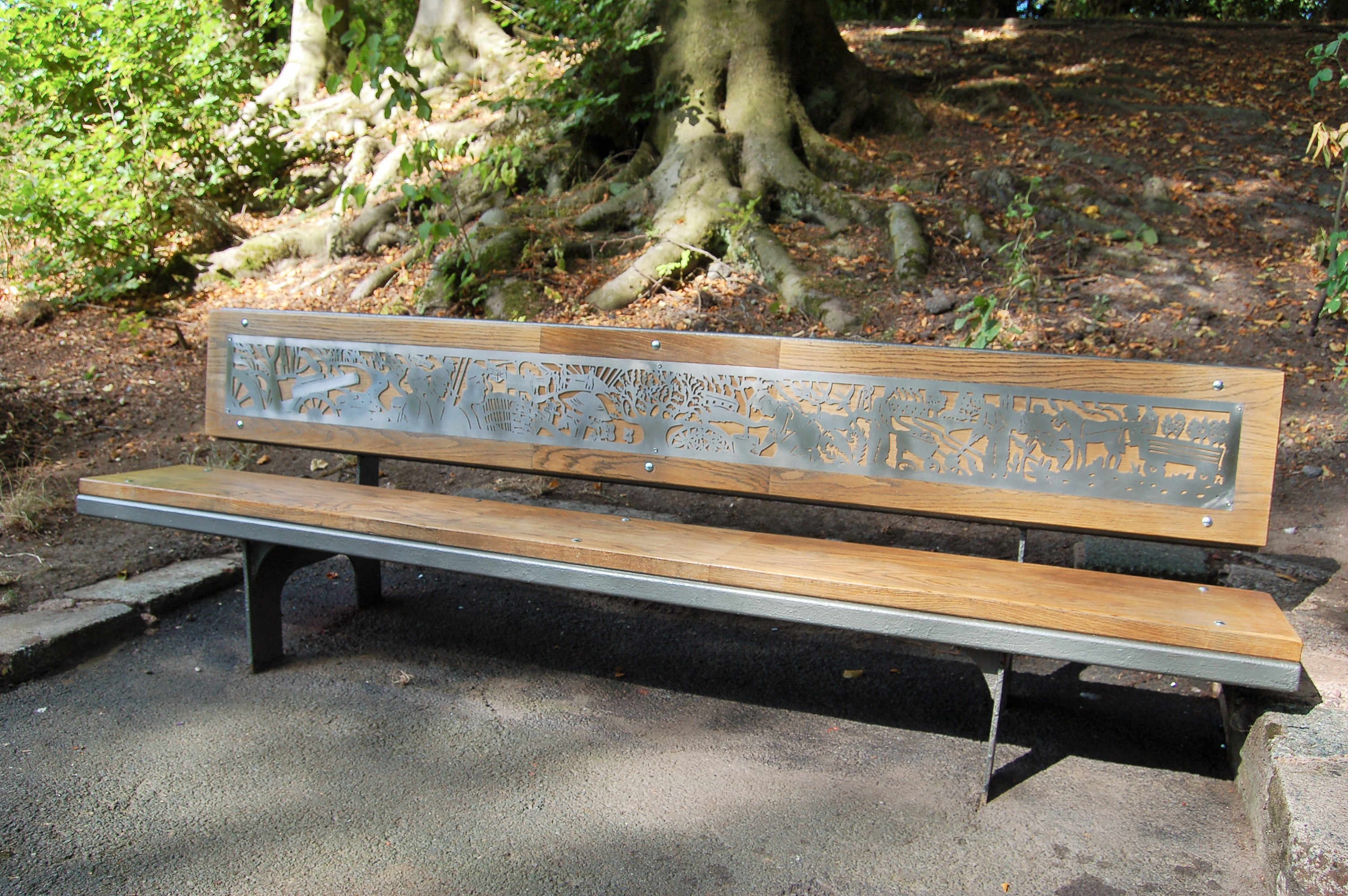 Willenhall Memorial Park - Benches (4)